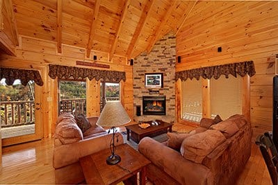 Large living room in A Bear Hug cabin